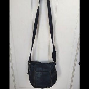 The SAK purse zippered bag cross shoulder leather